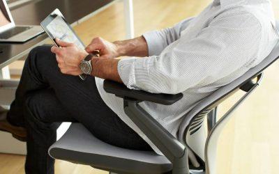 Stigende efterspørgsel på ergonomiske kontorstole online