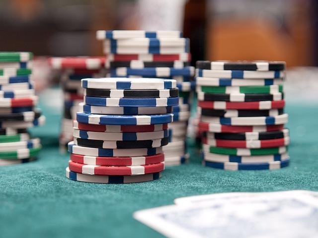 Plejede du at bruge din lørdag aften på Casino? Så prøv online Casino i stedet!